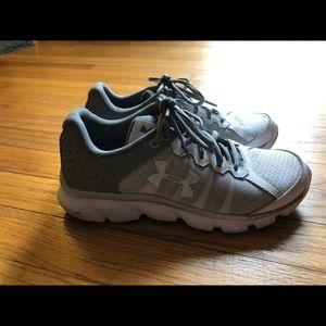 Under Armour Micro G Assert 6 Running Shoes Wm 6.5
